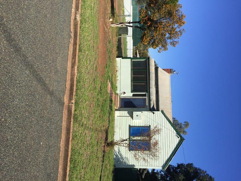 6 Hay Street, Condobolin, NSW 2877