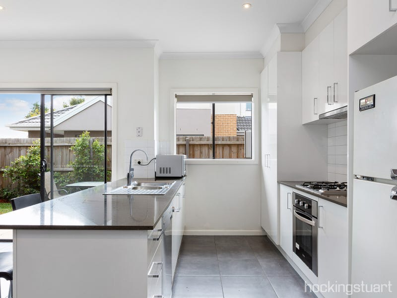 1/49 Stenhouse Avenue, Brooklyn, Vic 3012