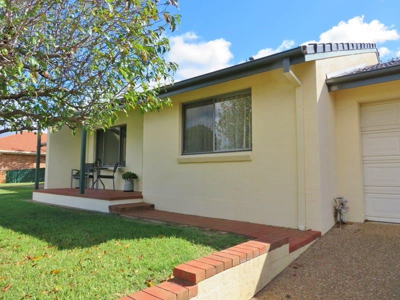 6/77 Thornhill Street, Young, NSW 2594