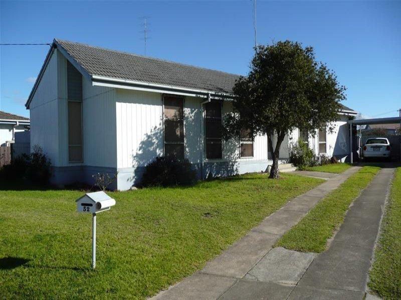 52 Cameron Crescent, East Bairnsdale, Vic 3875