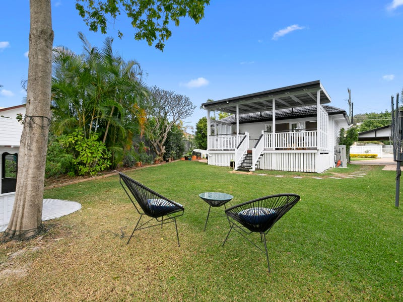 38 Maughan Street, Carina Heights, Qld 4152