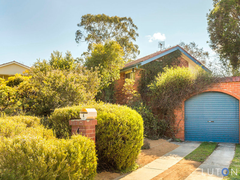 4 Bell Place, Macquarie, ACT 2614