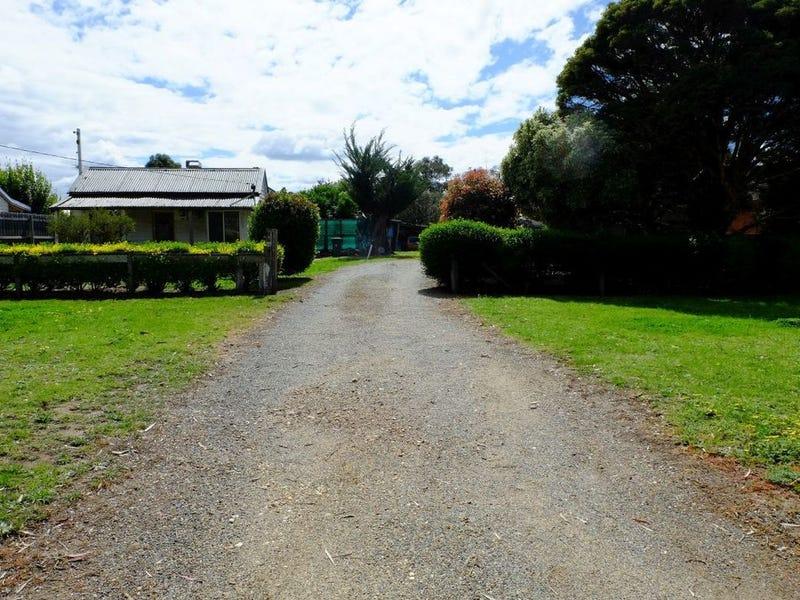 16 Swan Street, Bairnsdale, Vic 3875