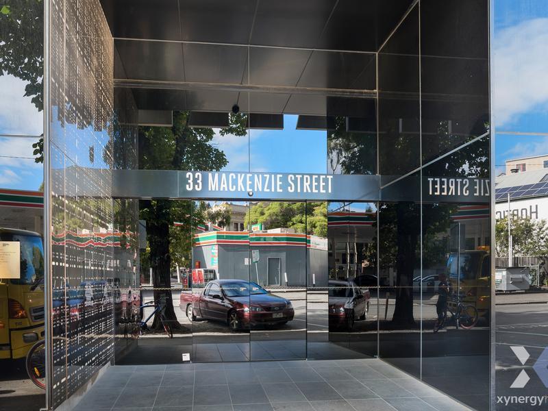 2005/33 MacKenzie Street, Melbourne, Vic 3000