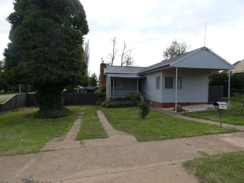 85 Pudman Street, Boorowa, NSW 2586