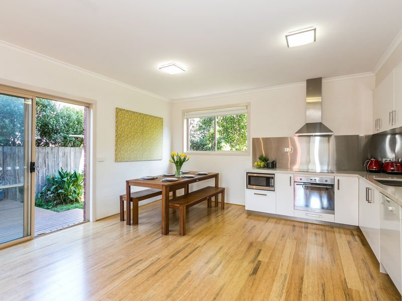 2/11 Prestwick Ave, Jan Juc, Vic 3228