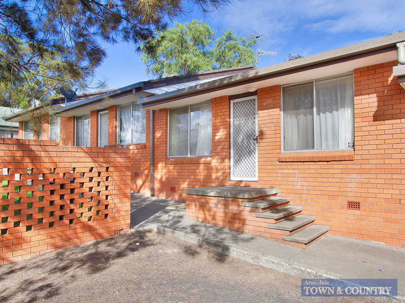 2/20 Drummond Avenue, Armidale, NSW 2350