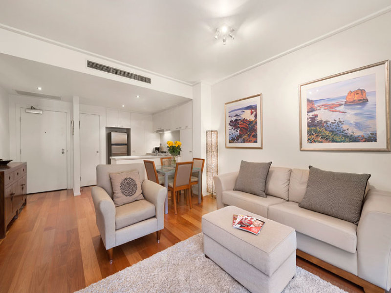 24/4 Seisman Place, Port Melbourne, Vic 3207