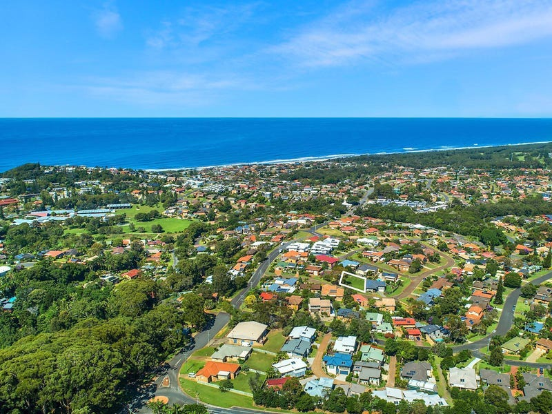 8 The Plateau, Port Macquarie, NSW 2444