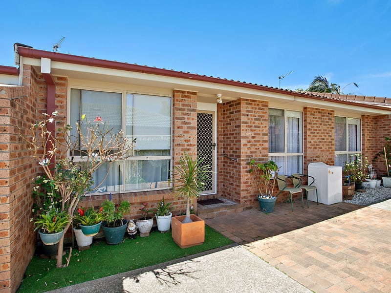 2/35 Griffiths Street, Oak Flats, NSW 2529