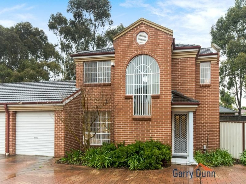 3/32 Claremont Court, Wattle Grove, NSW 2173