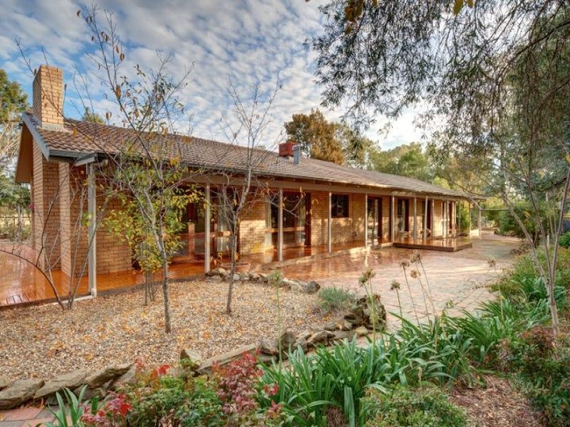267 Inglewood Road, Lake Albert, NSW 2650