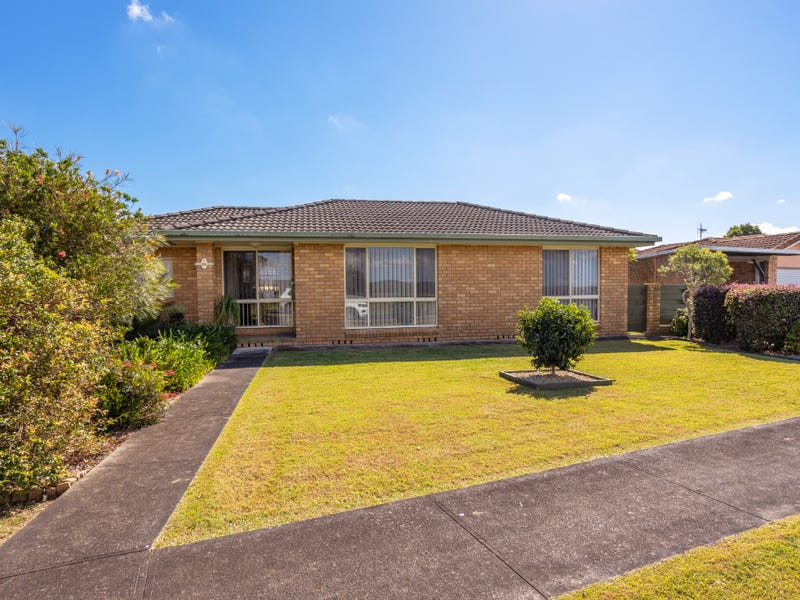 7/125 Edinburgh Drive, Taree, NSW 2430