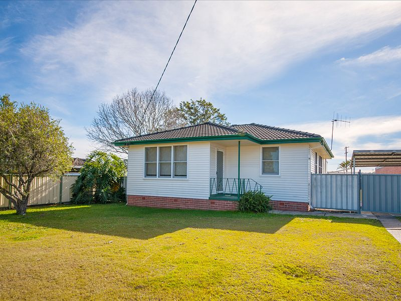 5 Gwenneth Ave, Taree, NSW 2430