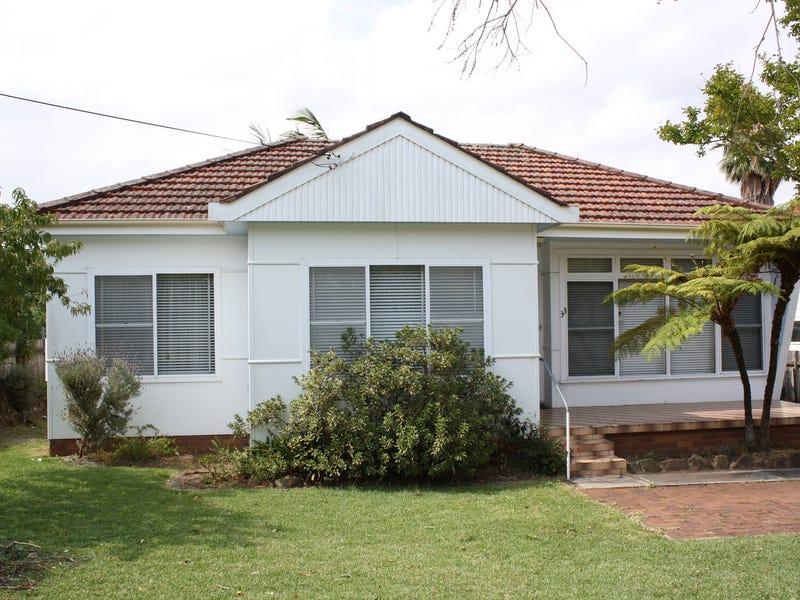 33 Prince Street, Picnic Point, NSW 2213