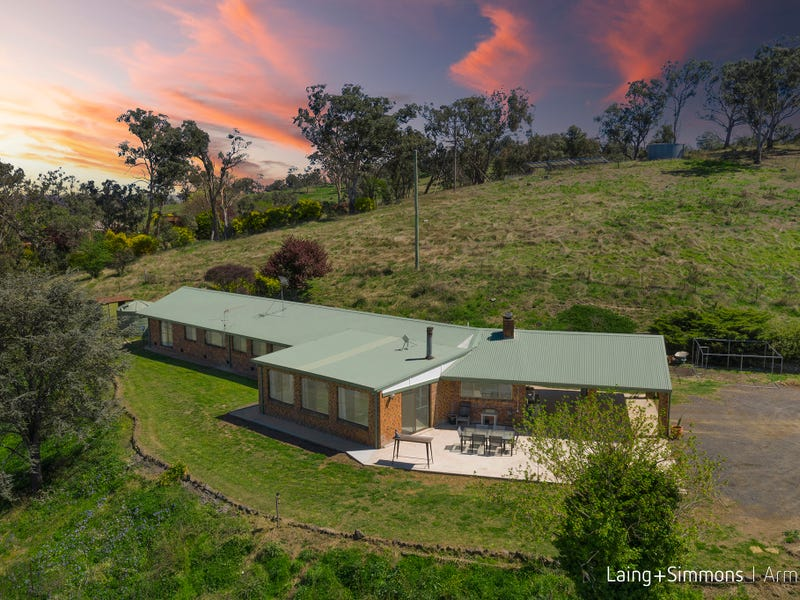 102 Browning Drive, Armidale, NSW 2350