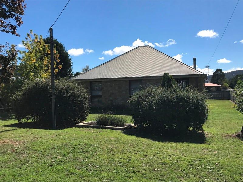 9 Mackay Street, Berridale, NSW 2628