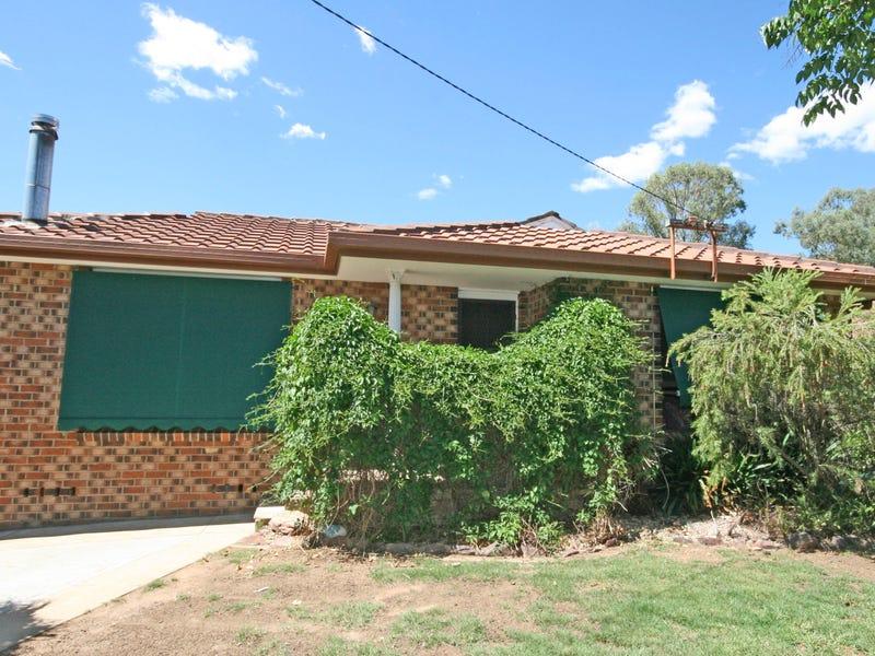 3 Kinarra Street, South Tamworth, NSW 2340