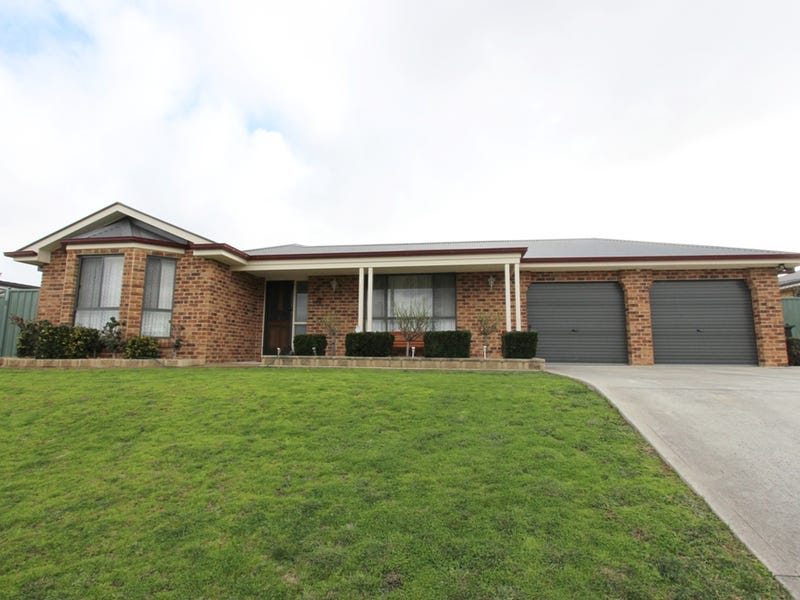 23 Colonial Crt, Laffing Waters, NSW 2795