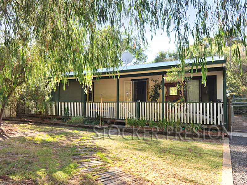 4 Vickery Street, Carbunup River, WA 6280