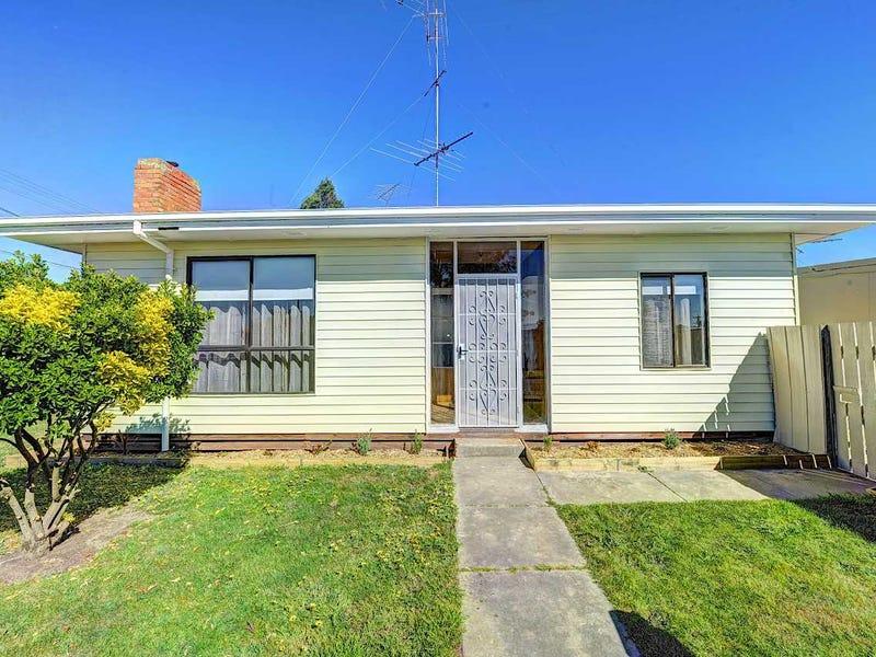 53 Wattle Avenue, Wendouree, Vic 3355