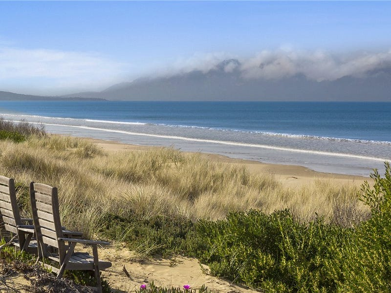 876 Dolphin Sands Road, Dolphin Sands, Tas 7190
