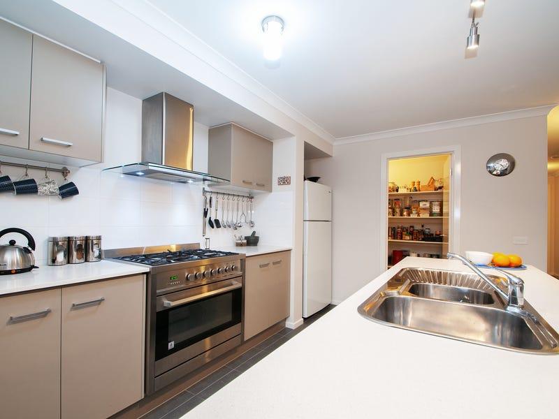 25 Taronga Crescent, Croydon, Vic 3136