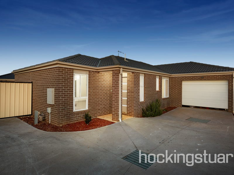 2/12 Marlo Drive, Melton West, Vic 3337