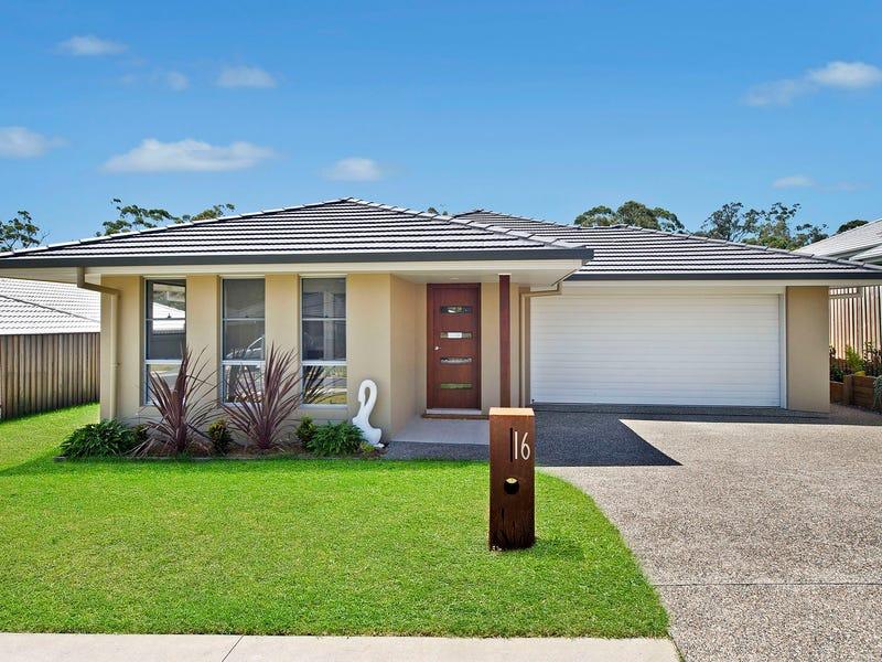 16 Diploma Drive, Port Macquarie