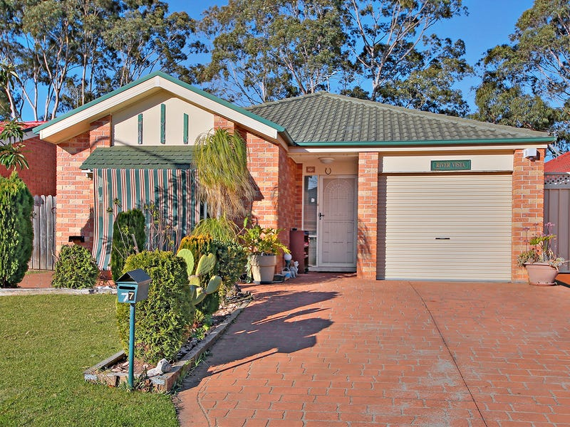7 Corryton Court, Wattle Grove, NSW 2173
