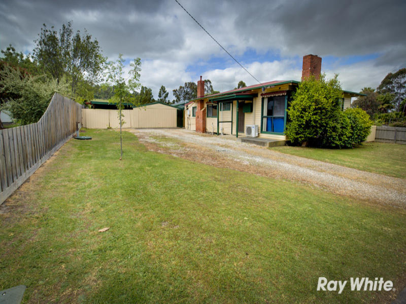 68 Railway Avenue, Tynong, Vic 3813