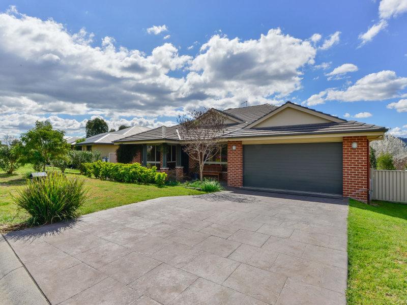 8 Hibiscus Way, Calala, NSW 2340