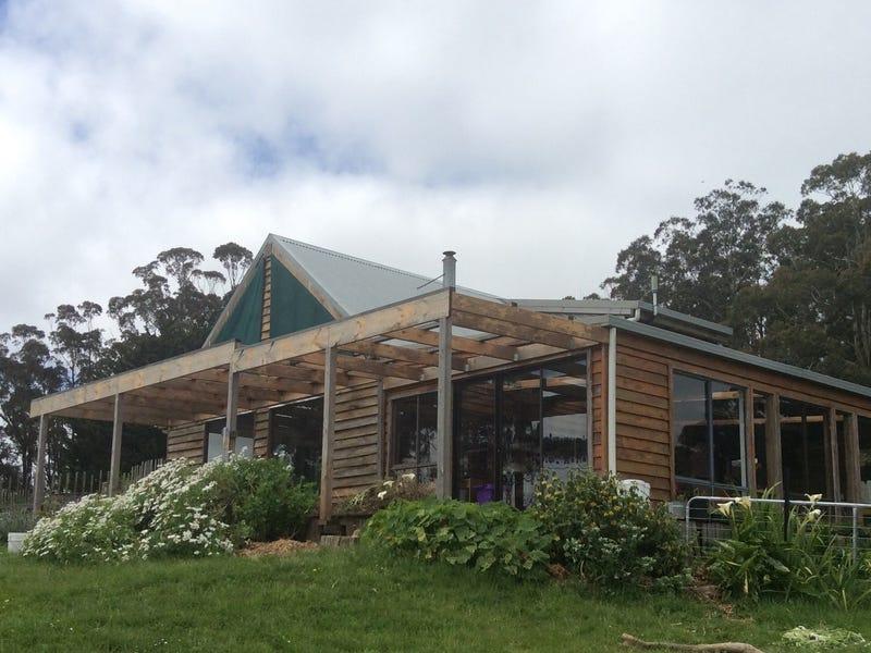 65 Pines Road, Mirboo North, Vic 3871