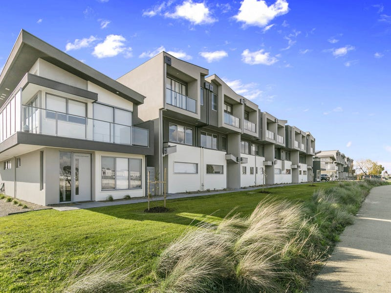 54/120 Cardinia Road, Officer