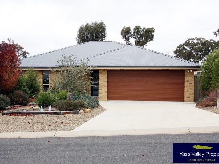 22 McKenna Avenue, Yass, NSW 2582