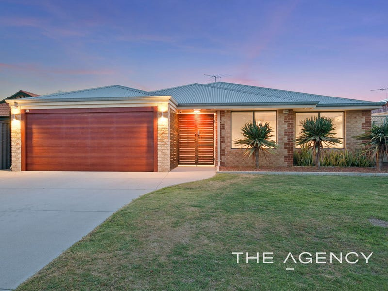 32 Lombe Gardens, Atwell
