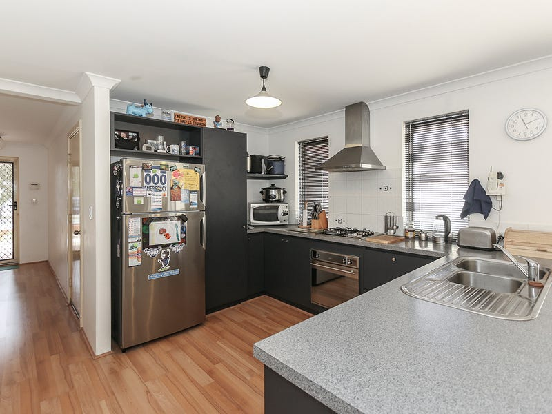 25 Lakewood Terrace, Clarkson, WA 6030