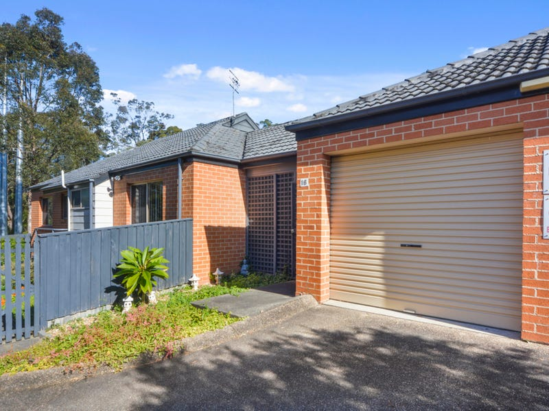 16/33 Lynburn Avenue, Bomaderry, NSW 2541
