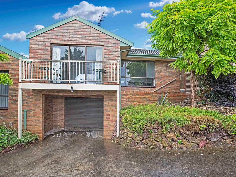 2/34A Reigate Road, Highton, Vic 3216
