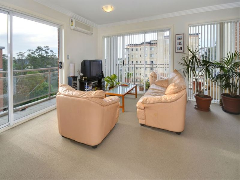 30/14-18 College Crescent, Hornsby, NSW 2077