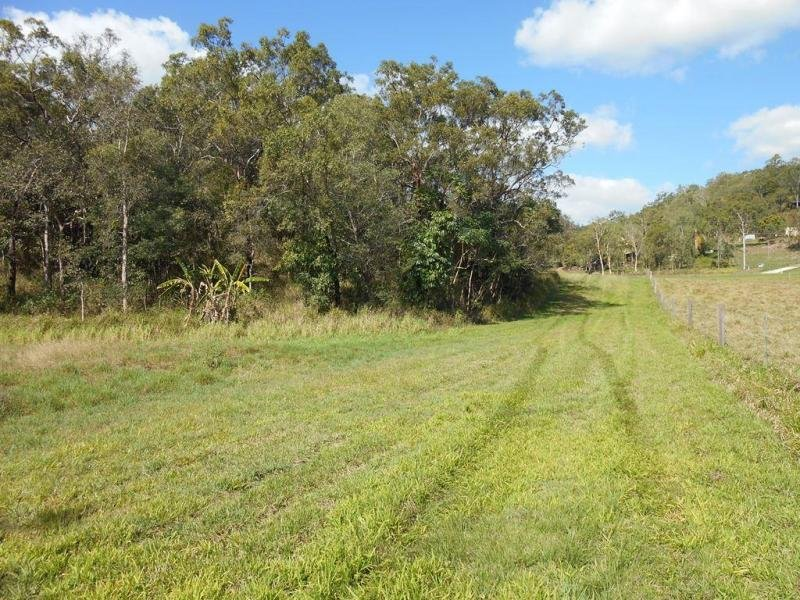 2105 Maraju-Yakapari Road, The Leap, Qld 4740