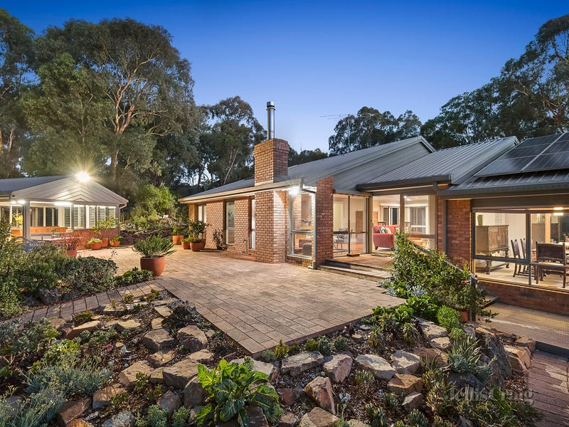 95 Gumtree Road, Research, Vic 3095