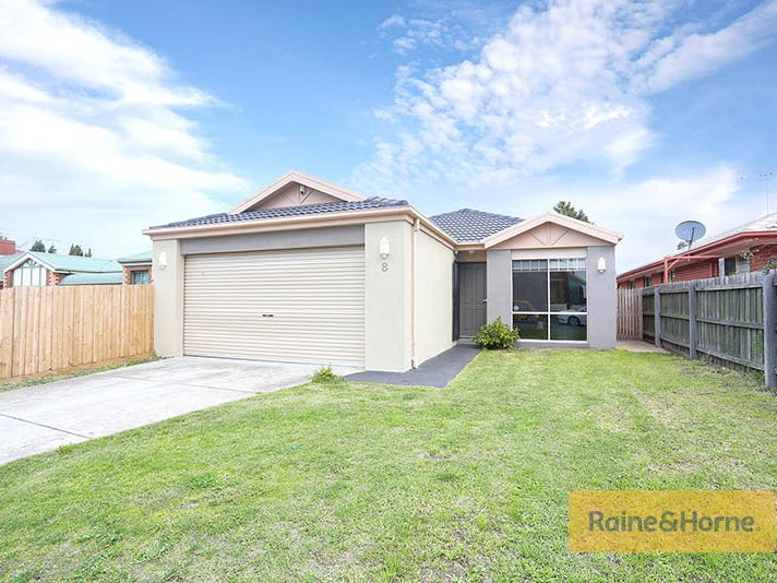 8 Emerson Court, Roxburgh Park, Vic 3064