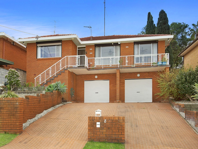 8 Armstrong Ave, Mount Warrigal, NSW 2528