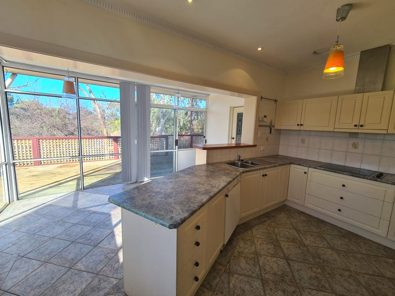 6 Huntingdon Drive, Glenalta, SA 5052