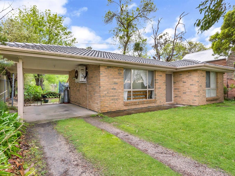 9 Oak Avenue, Bridgewater, SA 5155