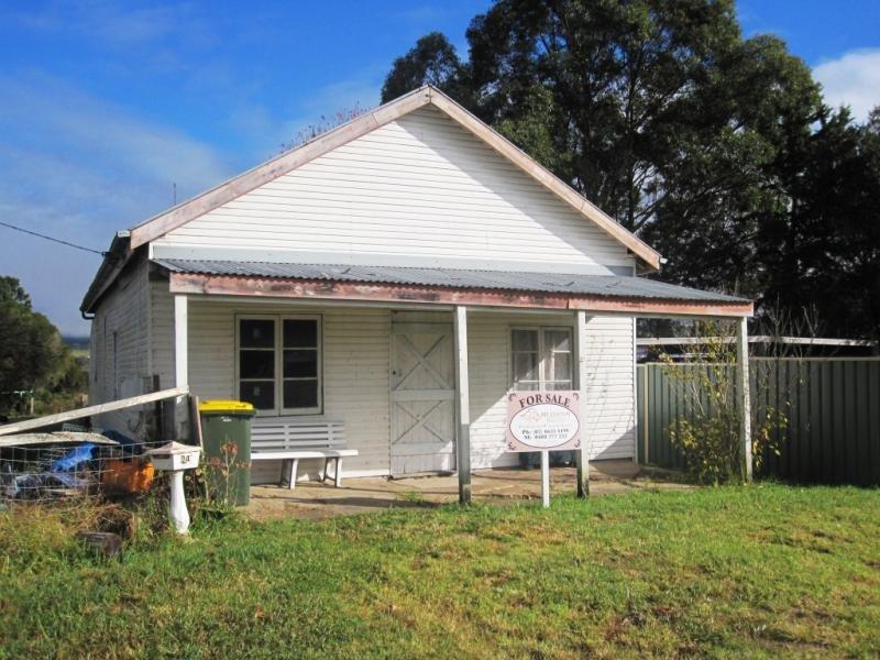 24 Lindsay Street, Woodenbong, NSW 2476