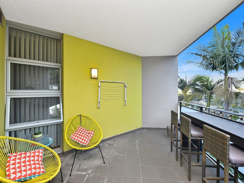 576/4 The Crescent, Wentworth Point