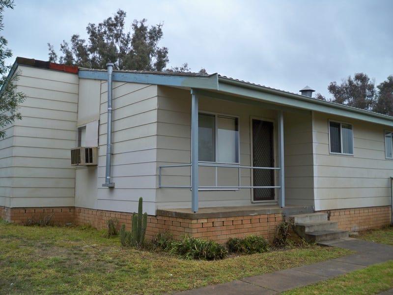 7 Jindalee Crt, Cowra, NSW 2794