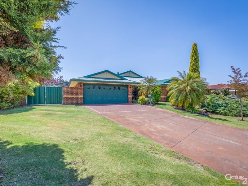 13 Waterway Cove, Seville Grove, WA 6112